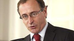 El Ministerio propone fichar a los inmigrantes para darles