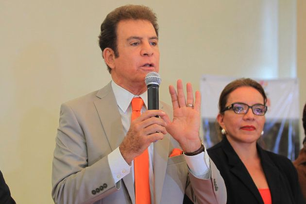 El candidato opositor, Salvador