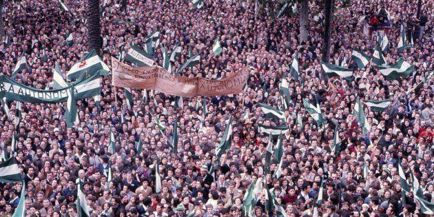 Imagen de la manifestación de Sevilla de aquel 4 de diciembre de