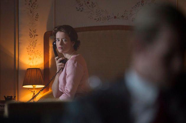 Isabel y Felipe en un la primera escena de la segunda temporada de 'The