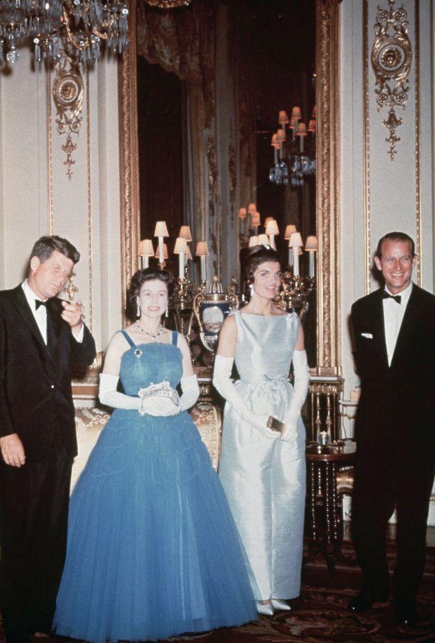 John F. Kennedy y Jackie Kennedy con Isabel II y Felipe de Edimburgo en