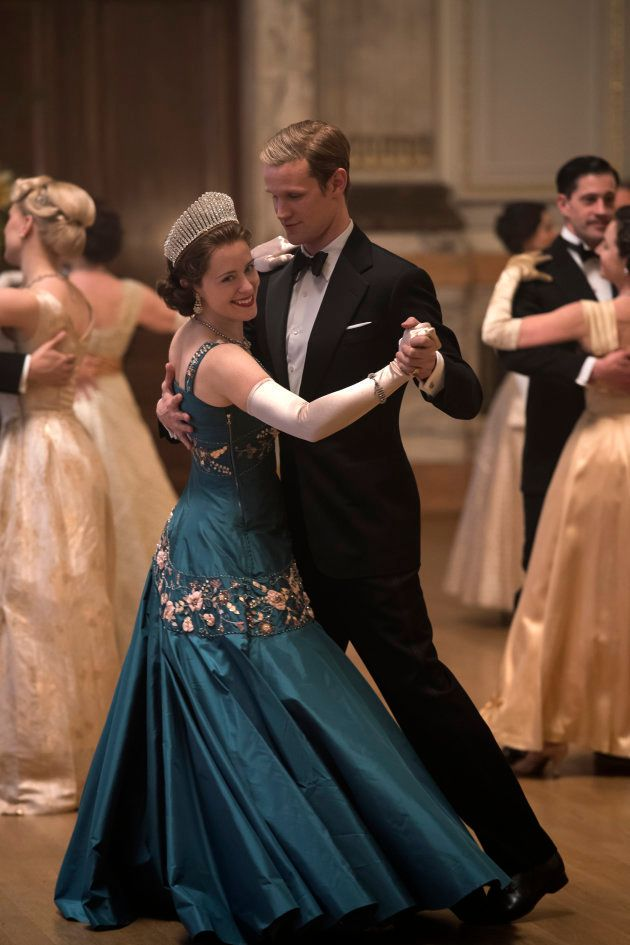 Isabel y Felipe durante un baile en su honor, en la segunda temporada de 'The