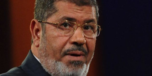 Morsi cede: deroga el decreto que le otorgaba poderes absolutos y estudia retrasar el