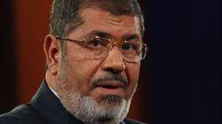 Morsi cede a parte de las demandas de la oposión