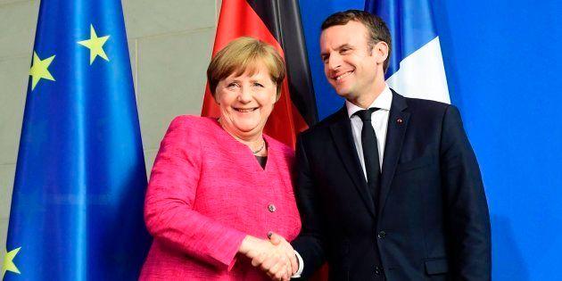 Macron llama a una