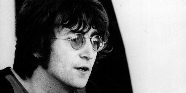 9 cosas que no sabías sobre las gafas de John