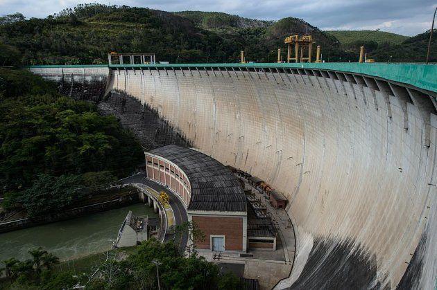 Central hidroeléctrica en