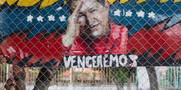 La oposición venezolana desconfía de la versión oficial y pide