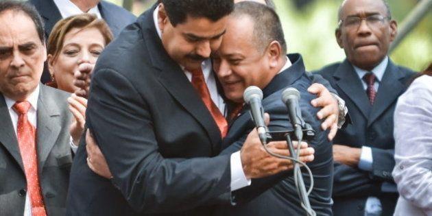 Salud de Chávez: El chavismo fija una salida entre las lagunas de la Constitución venezolana