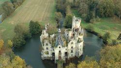¿Por qué 6.500 internautas han comprado un castillo en
