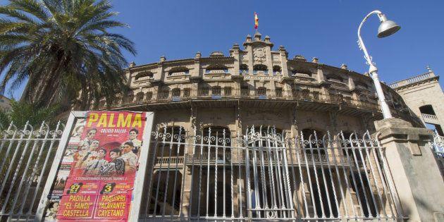 Fachada de la plaza de toros de Palma, en una imagen de