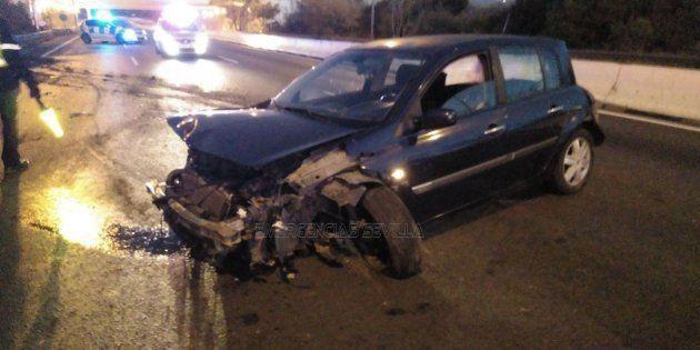 Estado en el que quedó el coche tras el accidente, ocurrido en la SE-30 de