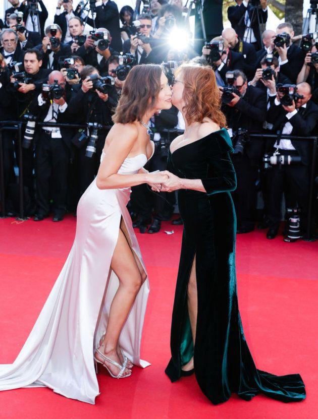 Bella Hadid y Susan Sarandon se saludan en
