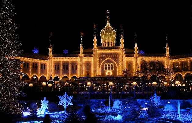 Los Jardines Tivoli se llenan de luces y decoración navideña en