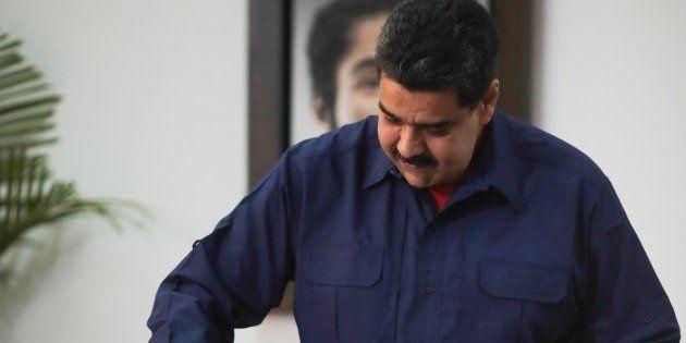 Maduro arrasa en las elecciones de alcaldes y amenaza a la oposición de cara a las