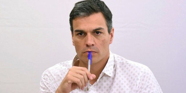 Sánchez dice si gana PSOE no apoyará moción de Podemos: