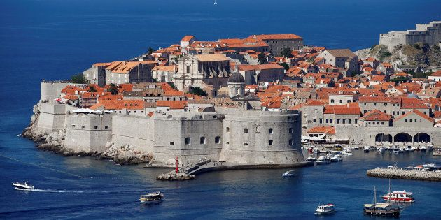Vista general del casco antiguo de Dubrovnik, protegida por la UNESCO, en agosto de