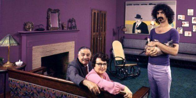 Estrellas del rock en casa con sus padres: la curiosa serie de fotos de