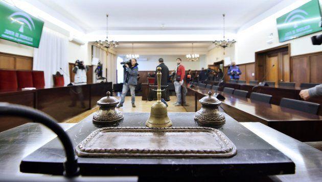 Vista de la sala de la Audiencia de Sevilla donde se va a juzgar a Chaves y Griñán desde