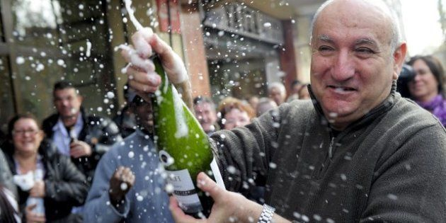 Lotería de Navidad 2012: Siete historias para sonreír aunque no te haya tocado ni un