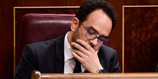 Antonio Hernando dimite como portavoz del PSOE en el Congreso tras la victoria de