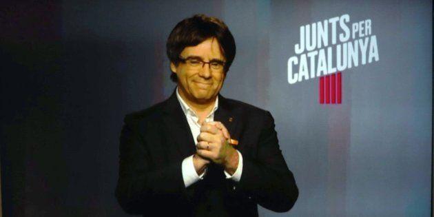 Puigdemont exige una disculpa al Gobierno por las amenazas contra él e Iglesias de un hombre subido en...
