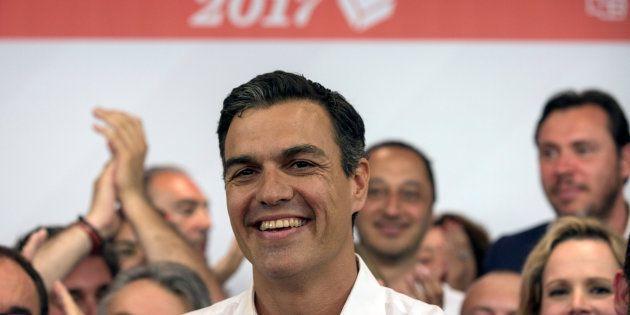 Los rivales políticos de Sánchez le felicitan, Podemos se alegra y el PP apela a