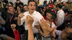 Iglesias traslada a Sánchez su oferta de moción y se emplazan a