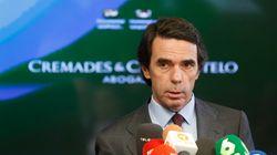 Aznar ignora a Rajoy e invita a Rivera a clausurar su máster de