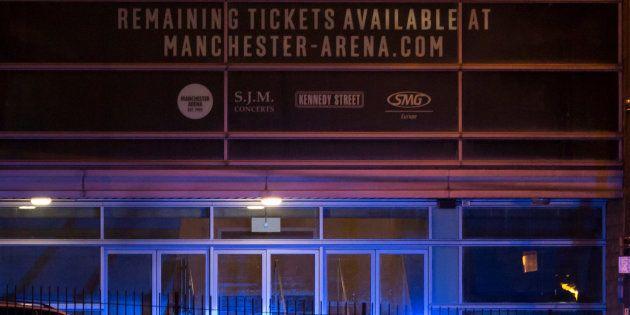 El Manchester Arena asegura que la explosión se produjo fuera del