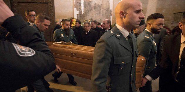 La amarga queja de una asociación de guardias civiles a Zoido tras la muerte de dos compañeros en