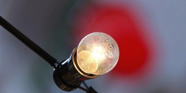 La luz, hasta un 50% más cara en la factura de
