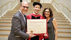 Lee el inspirador discurso de Mark Zuckerberg en su ceremonia de graduación en