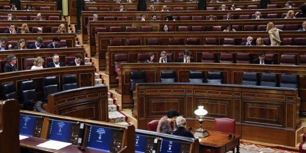 El Congreso gastó casi un millón de euros en viajes de diputados el último
