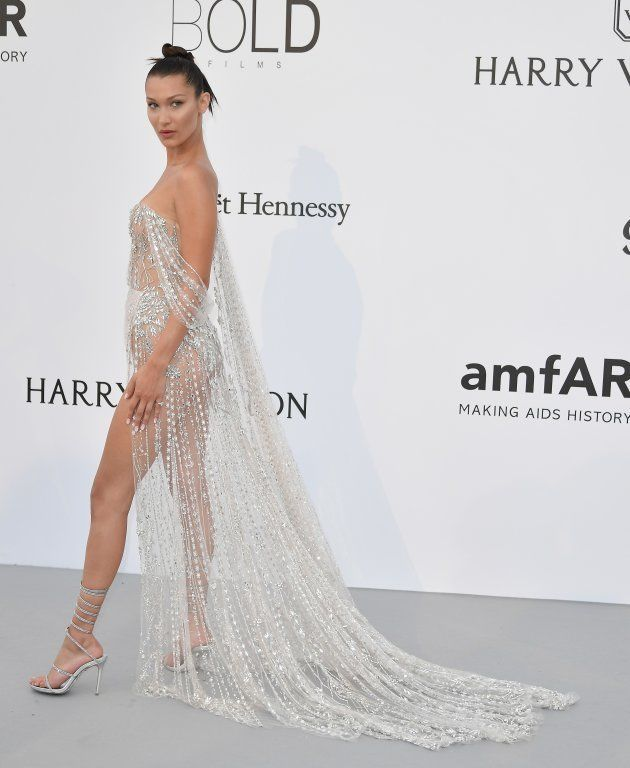 Bella Hadid en la Gala amfAR de Cannes