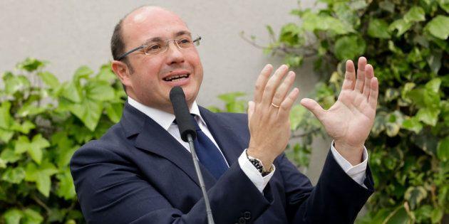 El TSJM imputa al expresidente de Murcia por el 'caso