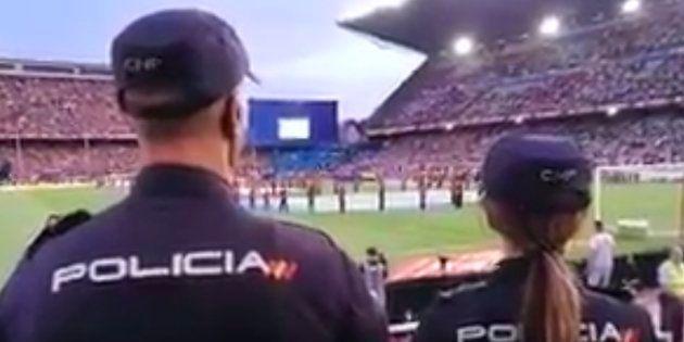 El tuit de la Policía sobre el himno durante la final de Copa del Rey que ya es