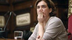 Puigdemont convoca una cumbre prorreferéndum y el partido de Colau lo