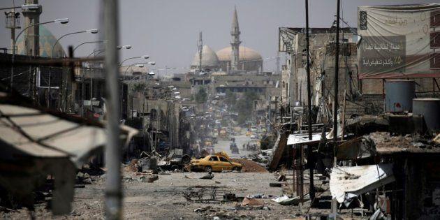 Vista de una calle en la zona oeste de Mosul, tomada este lunes 29 de