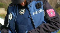 Expedientan a un policía municipal de Madrid por ofrecer su nuevo uniforme oficial en