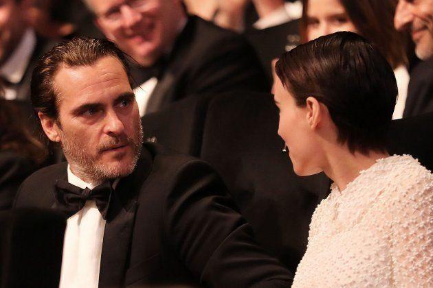 Rooney Mara y Joaquin Phoenix hacen oficial su