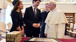 Trudeau invita al Papa a que se disculpe por los abusos de religiosos a niños indígenas en