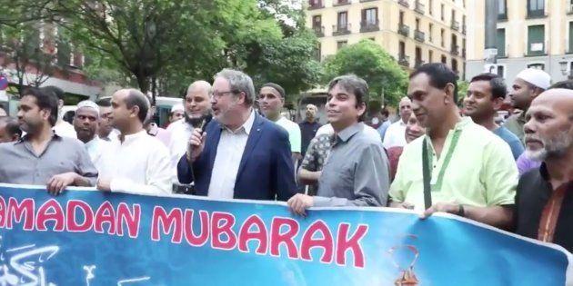 El tuit de Ahora Madrid sobre el Ramadán y la integración que indigna porque no se ven