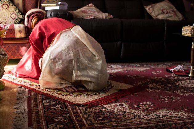A Luz, que también adoptó el nombre de Noor en árabe por traducción del original, le