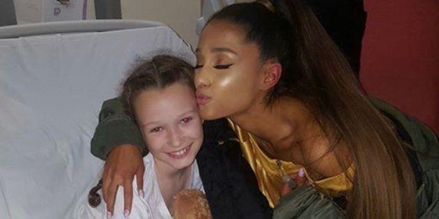 Ariana Grande visita a las víctimas del atentado de