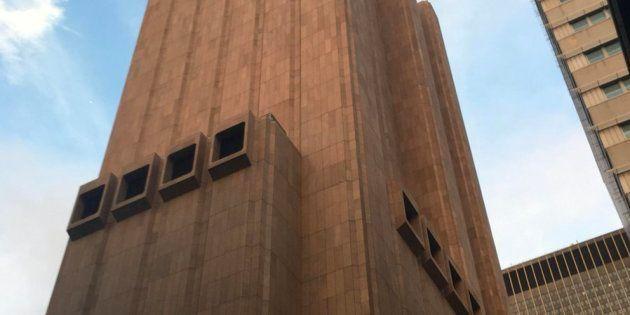Ni Tom Hanks se ha podido resistir: ¿qué se esconde detrás de este rascacielos sin ventanas de Nueva