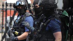 La policía detiene a 12 personas y analiza las conexiones de los terroristas del doble atentado en
