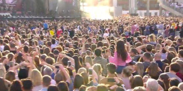 Ariana Grande homenajea a las víctimas del atentado de