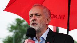 Jeremy Corbyn pide la dimisión Theresa May por los recortes en