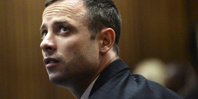 Pistorius es condenado por asesinato y volverá a prisión al menos 15